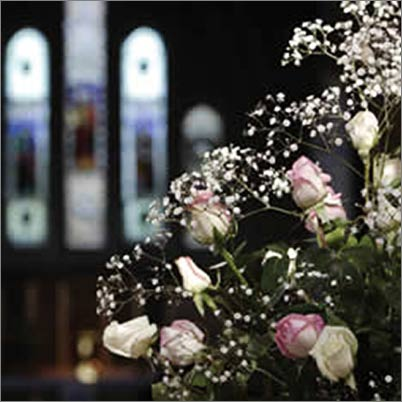 video-filming-a-funeral-at-a-church